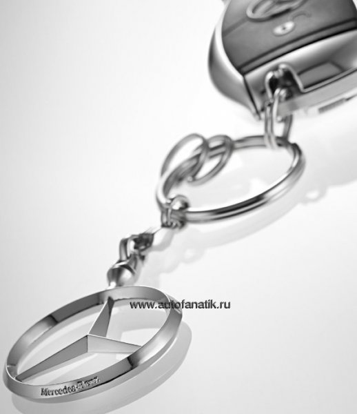 Брелок Mercedes-Benz Key Chains Brussels B66957516